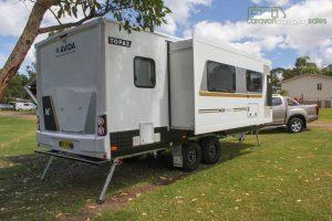 CV7052SL-Topaz-Caravan-Review (15)