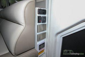 CV7052SL-Topaz-Caravan-Review (16)