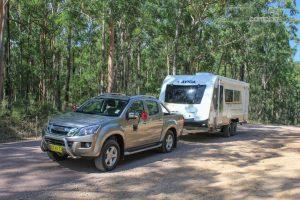 CV7052SL-Topaz-Caravan-Review (3)
