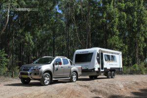CV7052SL-Topaz-Caravan-Review (4)