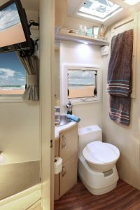 B7644-Eyre-Motorhome-Toilet