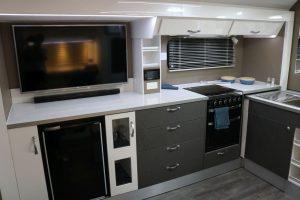 phoca_thumb_l_2017 fremantle c8614sl interior kitchen