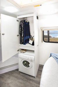 phoca_thumb_l_Fremantle-C8614SL-Shower-and-washing-machine-2