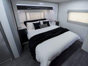 phoca_thumb_m_Longreach-CV9536SL_bedroom2_M